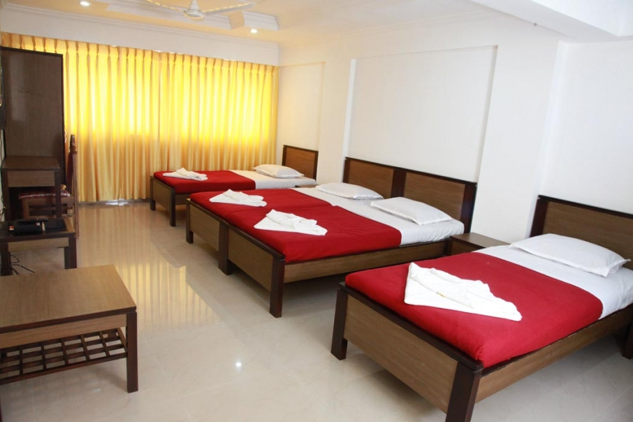 Special room With 4 Single Beds1