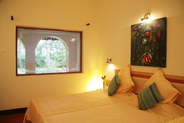 Deluxe Room with Double Balcony & Private Garden_3