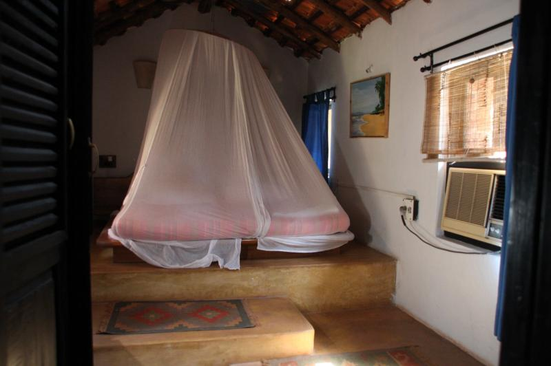 2 Bedroom Cottage Suite:Bed