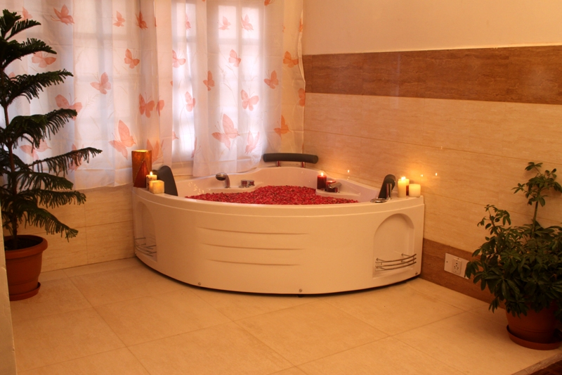 Jacuzzi with Wellness Center