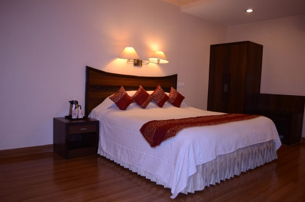 Well Furnished Room