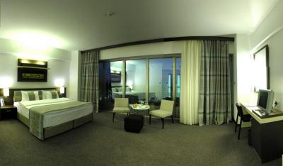 Splendor Suite Room