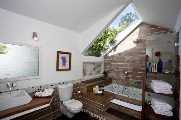 Open skylight bathroom