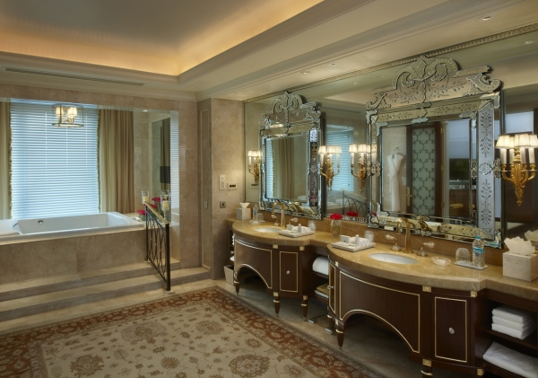 Presidential Suite Bathroom