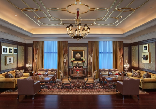 The Royal Club Lounge