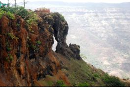 Elephant's Head Point, Mahabaleshwar